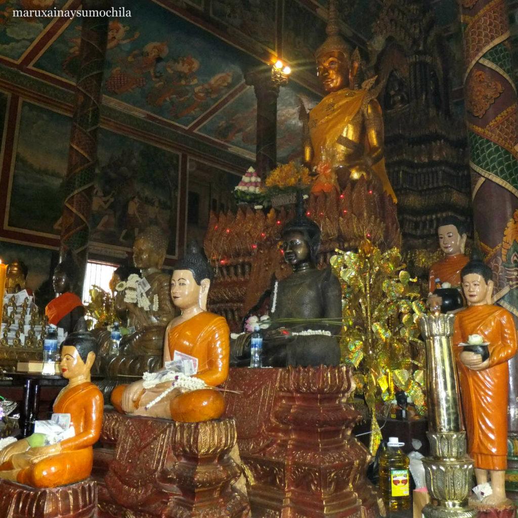 Wat Phnom 15